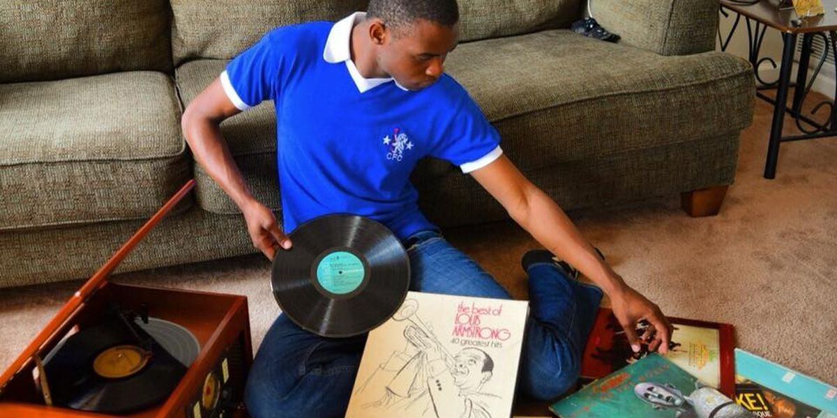 Vinyl records are alive and popular in South Mississippi