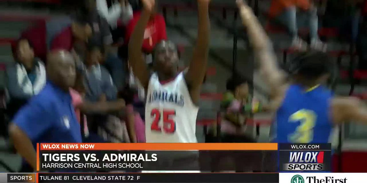 Gulfport beats Crystal Springs in Harrion Central Thanksgiving tourney