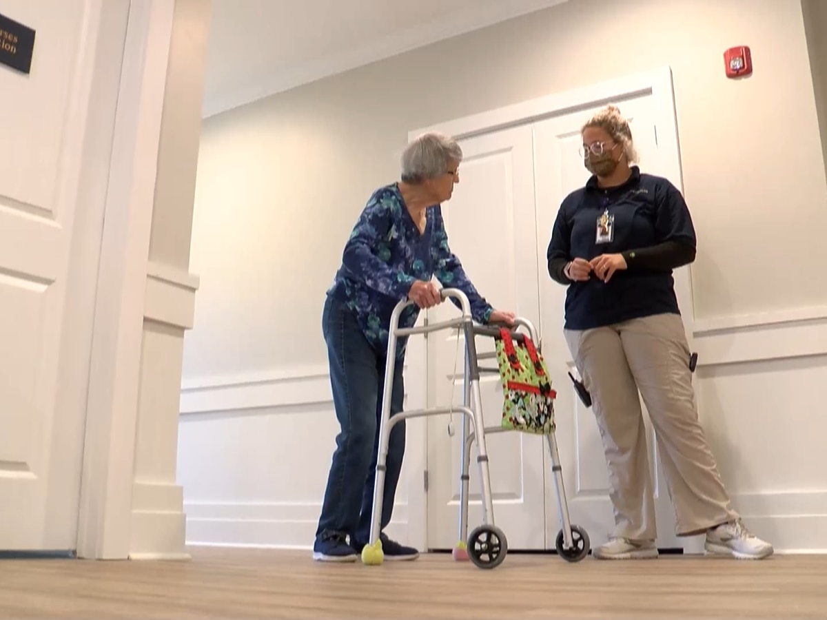 New senior living visitation guidelines announced by Centers for Medicare/Medicaid Services