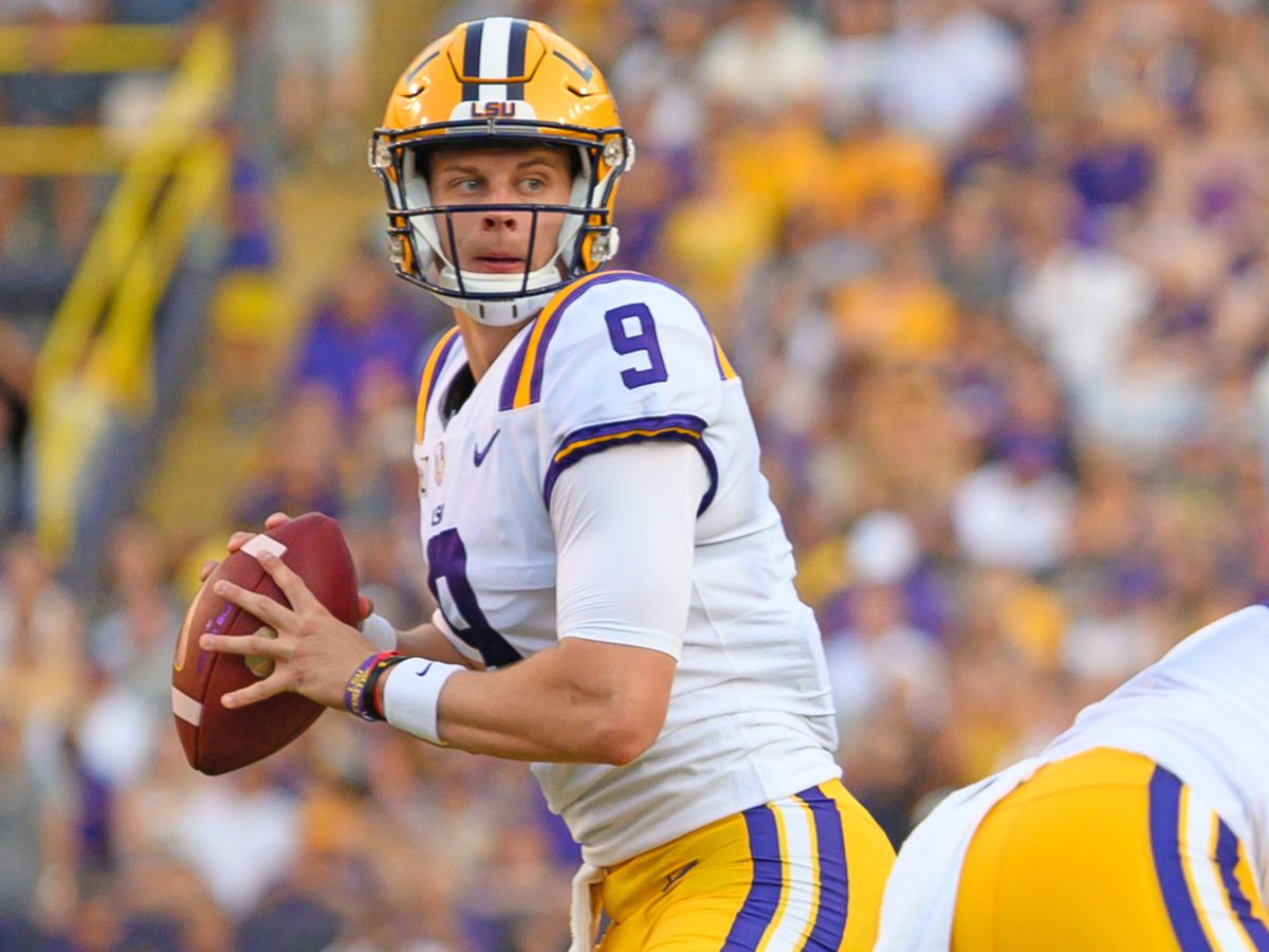 No. 2 LSU beats No. 3 Alabama to remain undefeated