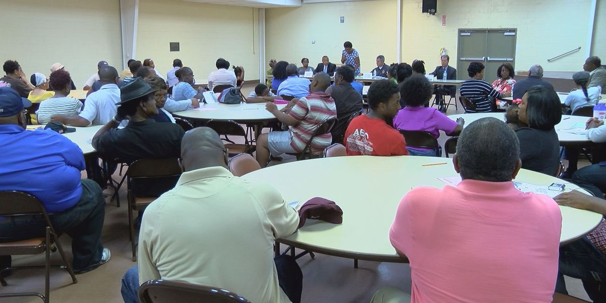 Gulfport citizens express concern about crime in town hall meeting
