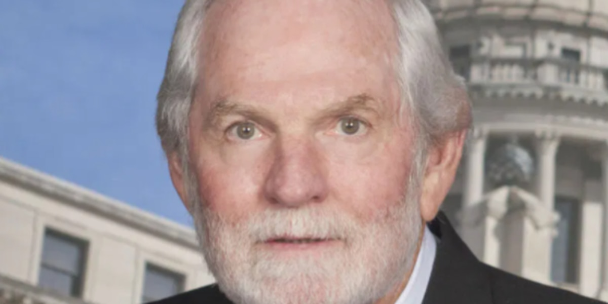 Former state lawmaker dies from COVID-19