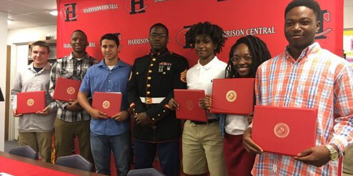 Harrison Central holds ceremony for military enlistees