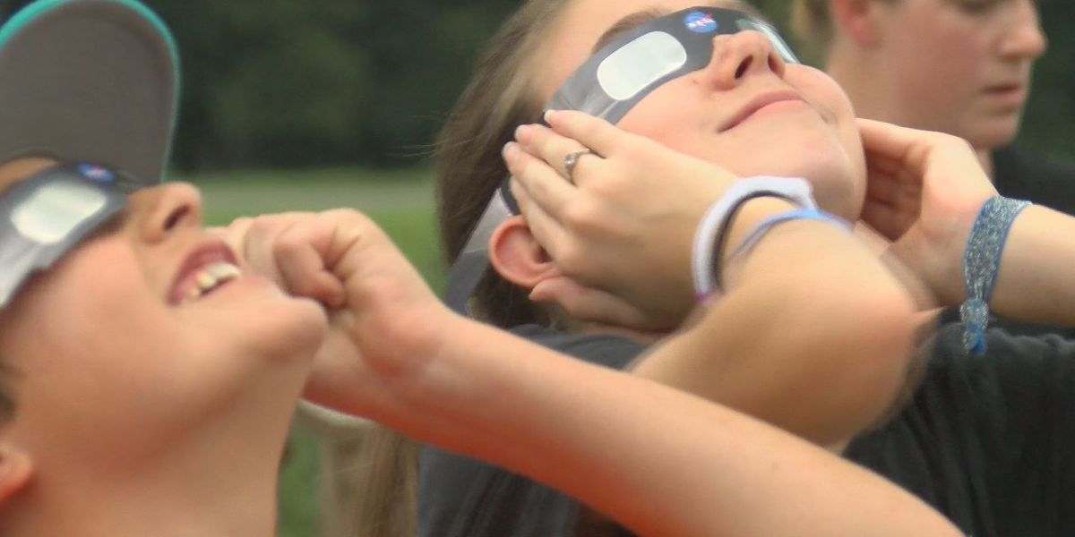 Hundreds of students spend eclipse day at Infinity Science Center