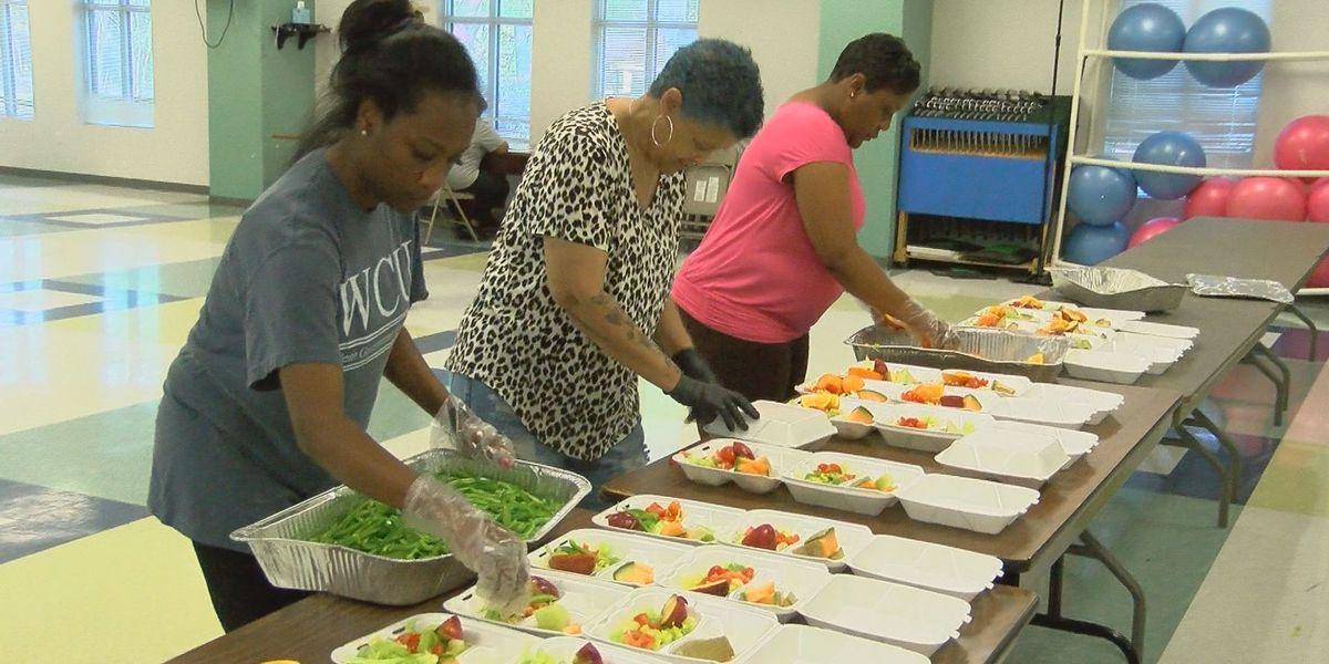 Volunteer group focuses on feeding seniors during COVID-19 outbreak