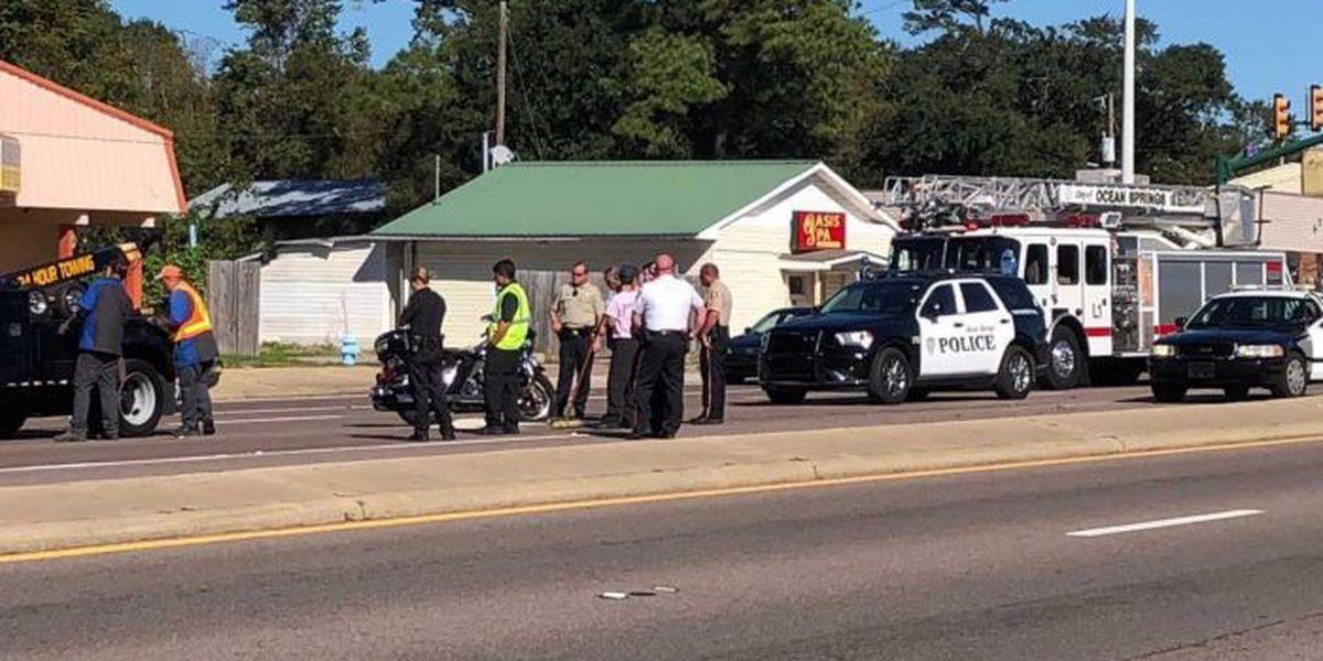 Pascagoula PD motorcycle officer injured in crash