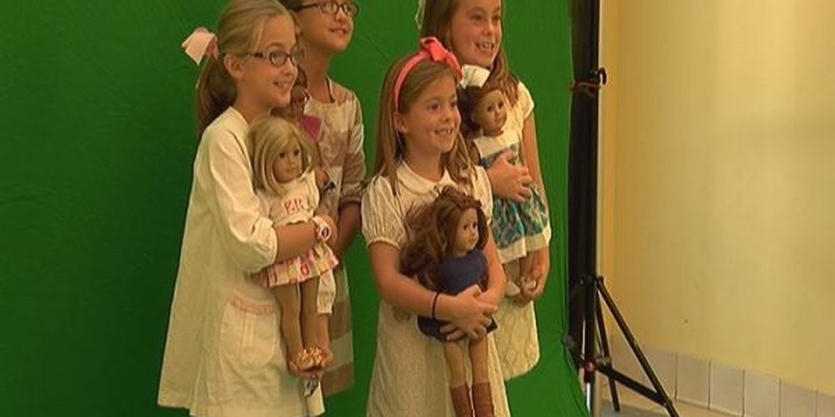 Young girls get history lesson from American Girl Dolls
