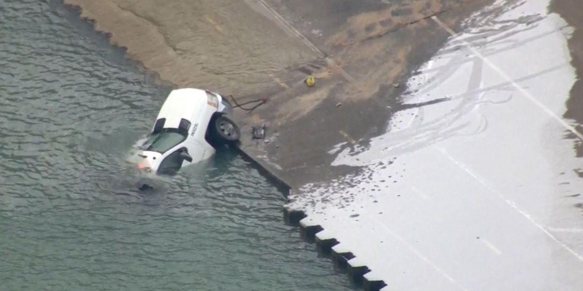 Chicago salt truck slides on ice into Lake Michigan
