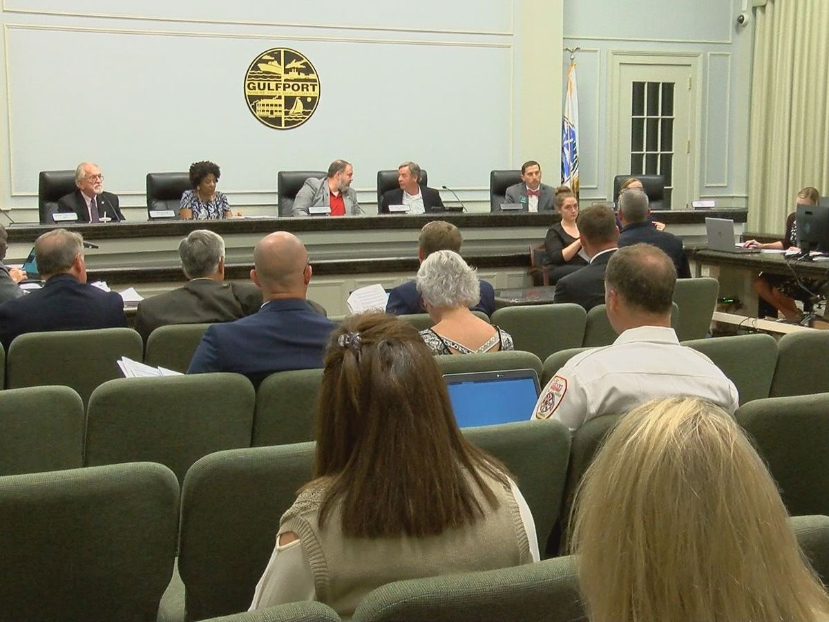 Gulfport city leaders delay voting on short-term rental ordinance