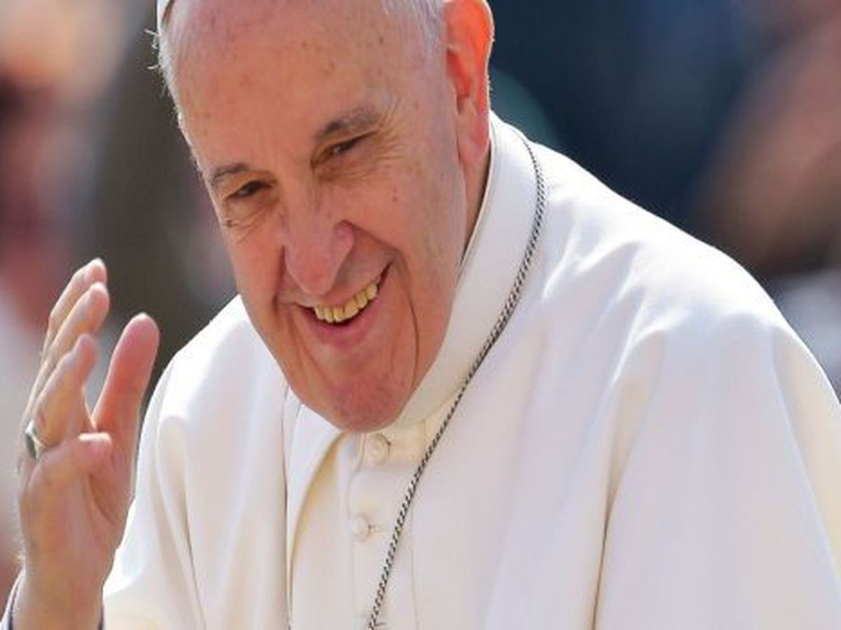 Pope Francis tweets 'thanks to the Lord for our new #Saints'