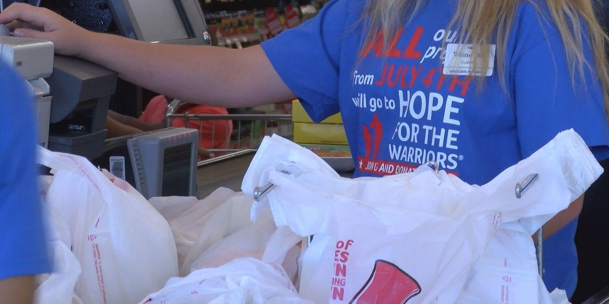 Winn-Dixie helps raise money for service members