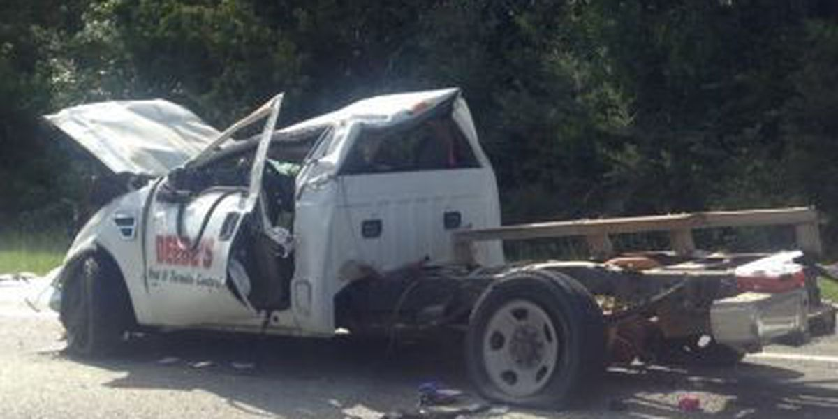 Wreck shuts down I-10 in Harrison County