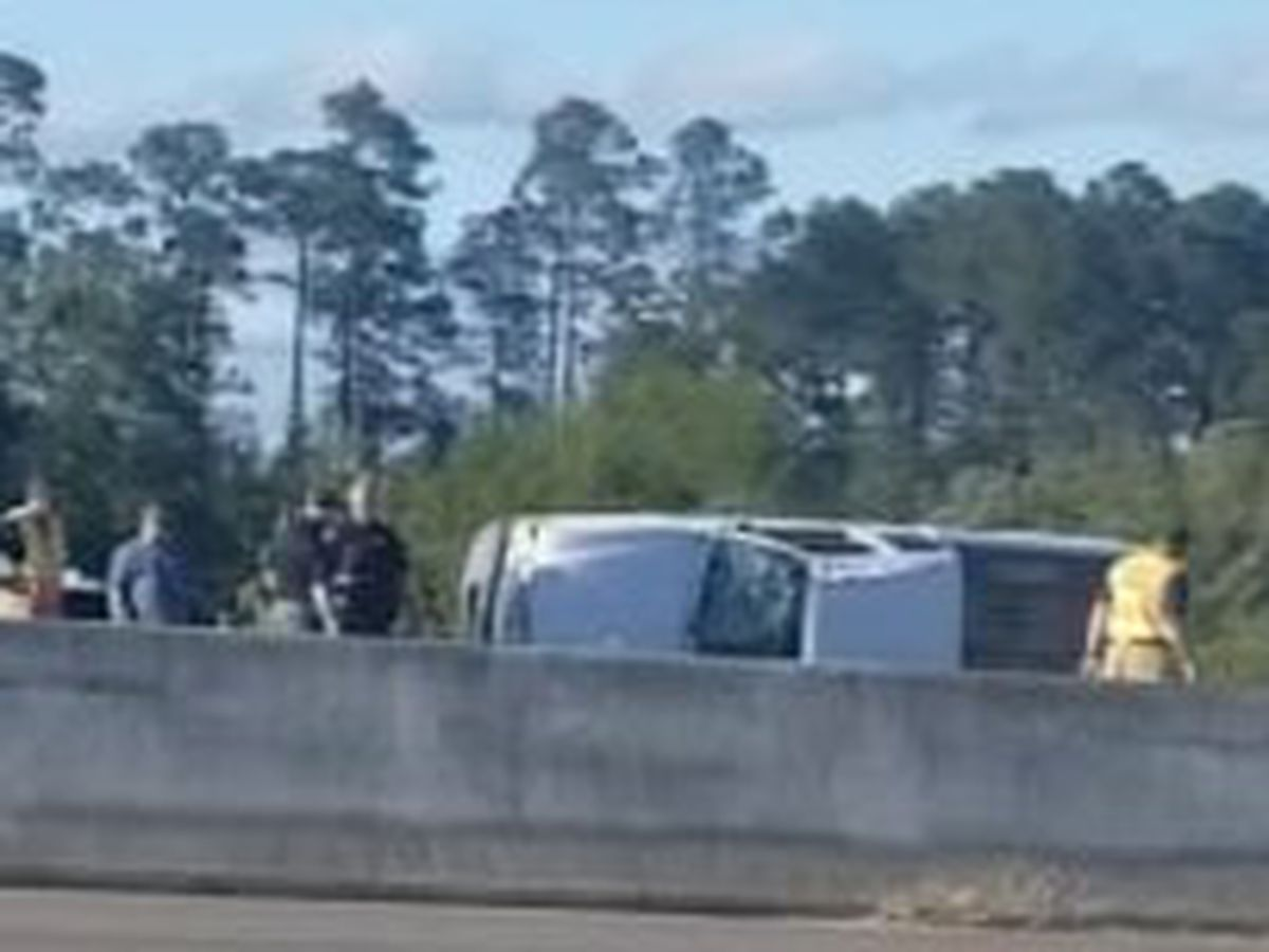 Rollover injures two, backing up westbound traffic on I-10 in Biloxi