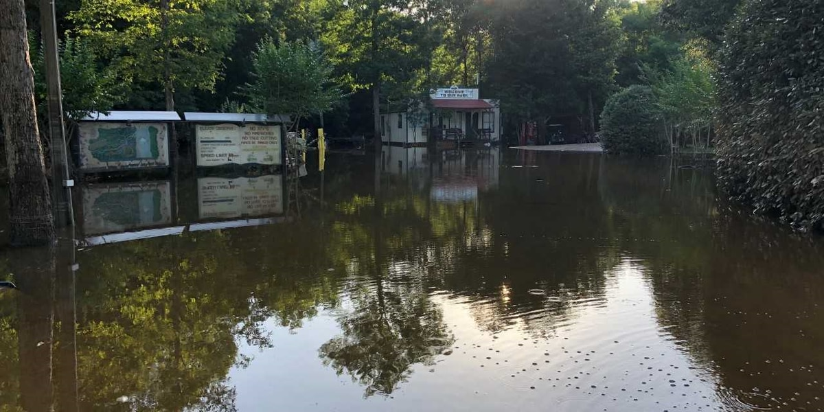 RV park residents recall the moment when the waters started rising