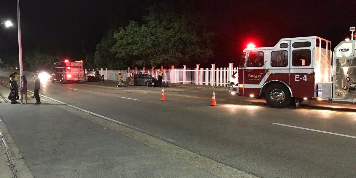 3 car accident reported along Hwy. 90 in Biloxi