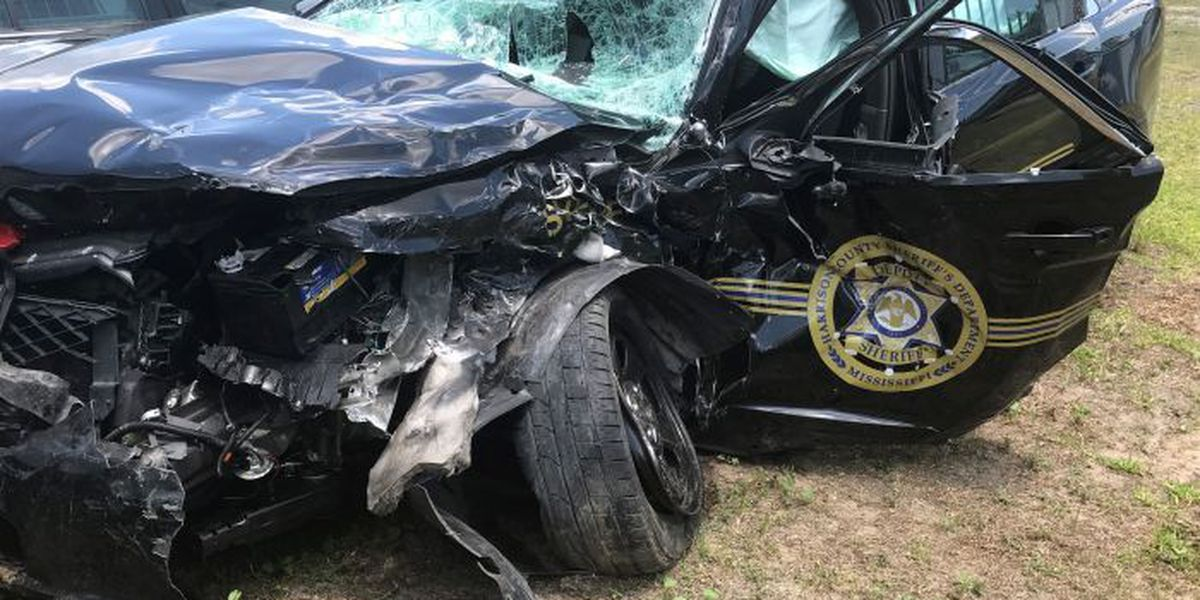 Driver who hit Harrison Co. deputies charged with DUI