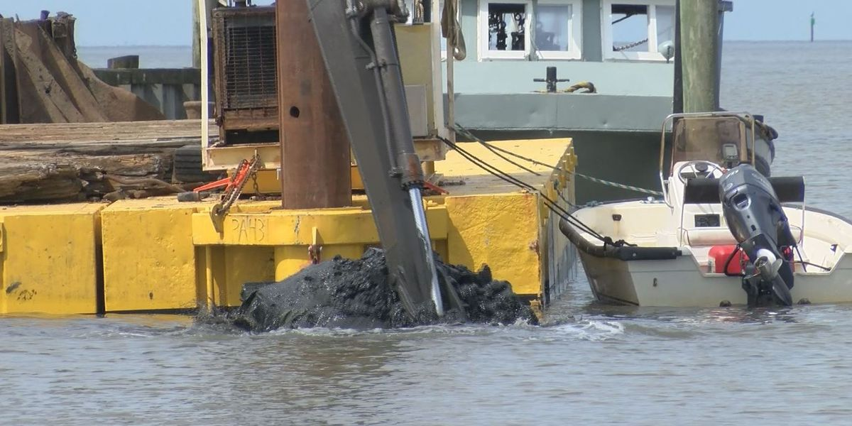 Lake Mars dredging a welcomed sight for officials and residents