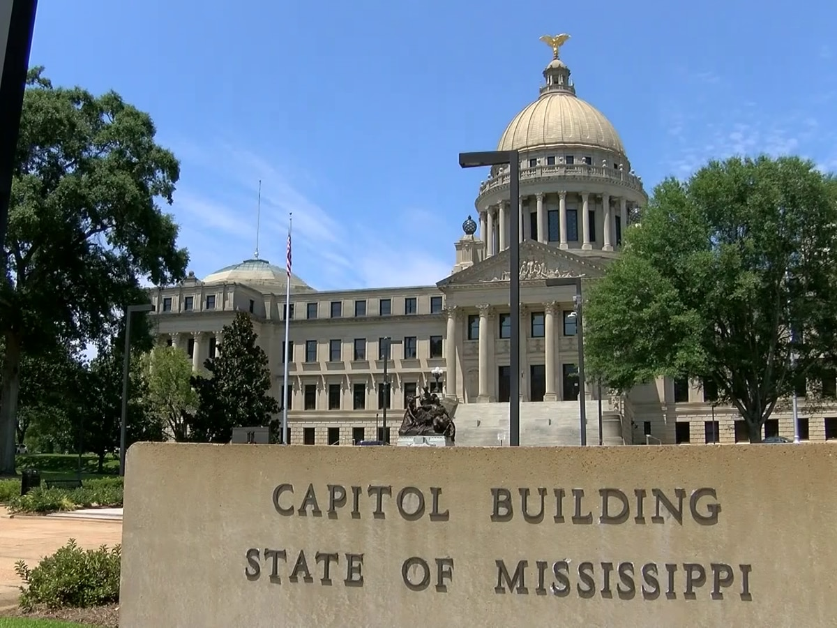State lawmakers return after COVID-19 outbreak at Capitol