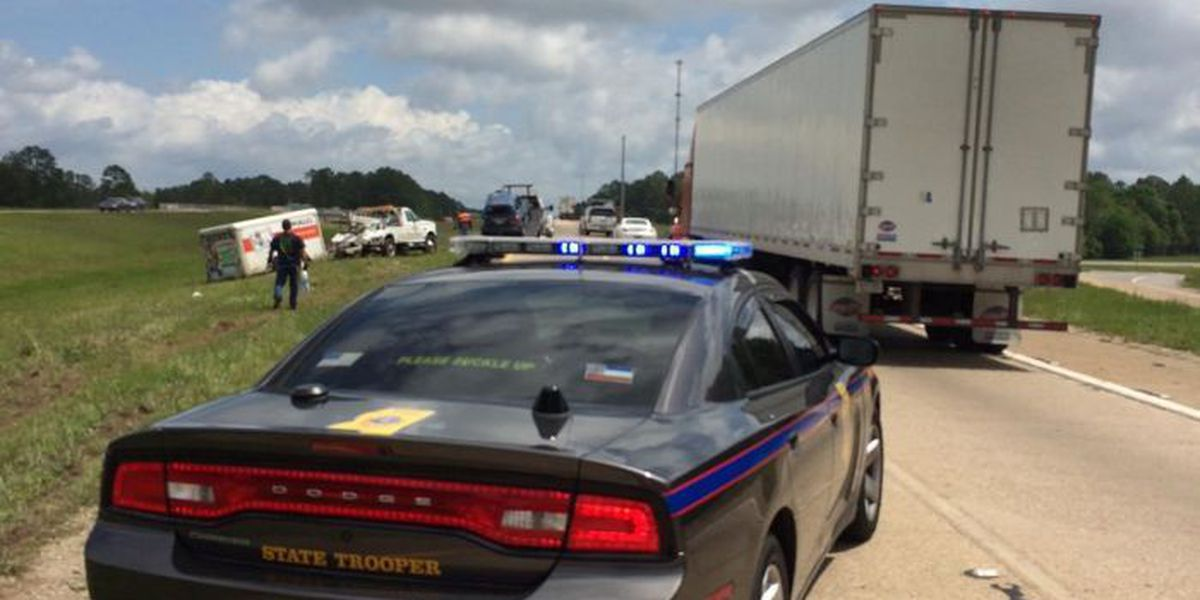 11 injured in rollover accident on I-10
