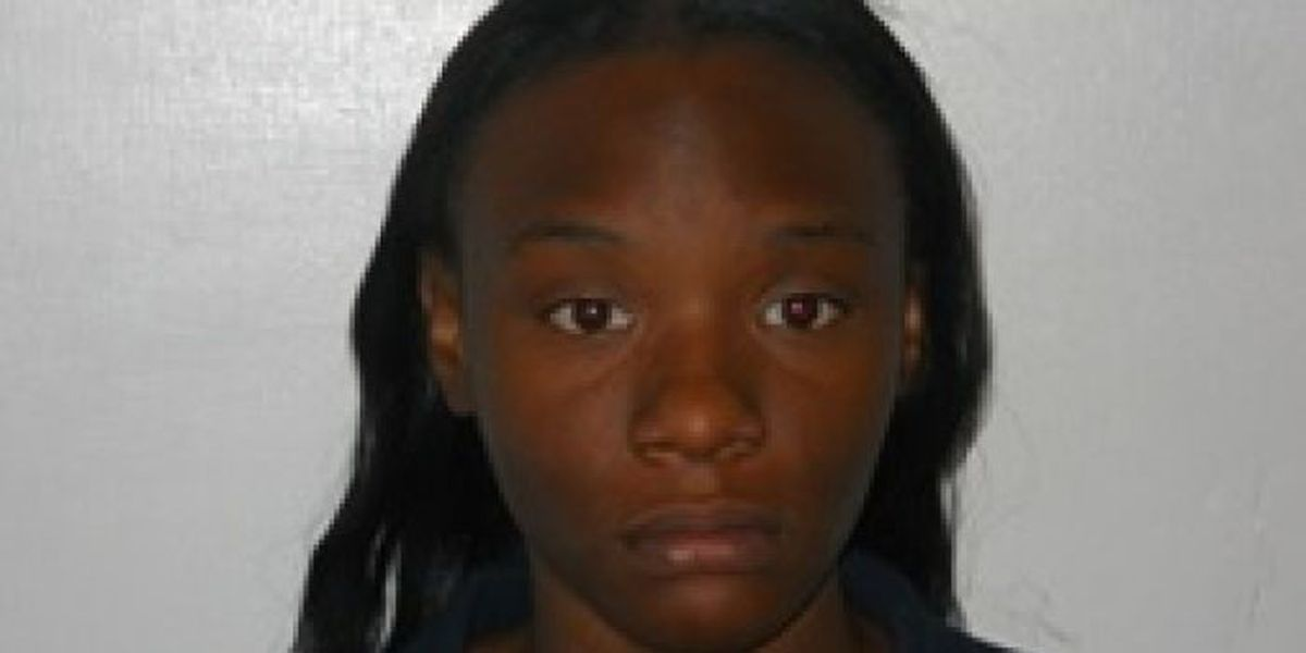 Police: Gulfport woman used prepaid debit cards to steal from employer