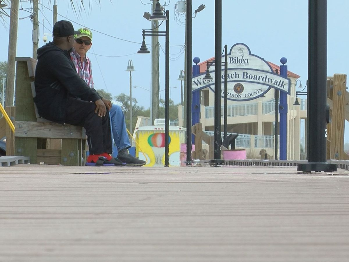 Tourists Still Head To South Miss Despite Coronavirus Concerns