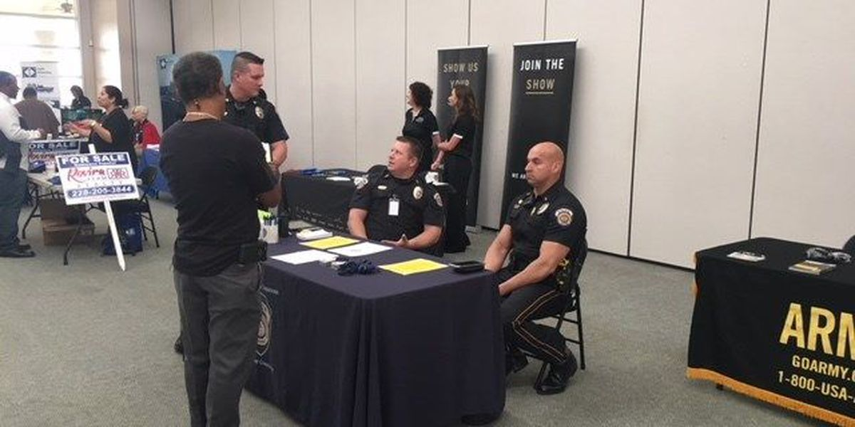 Moss Point's new police chief recruiting officers first day on the job