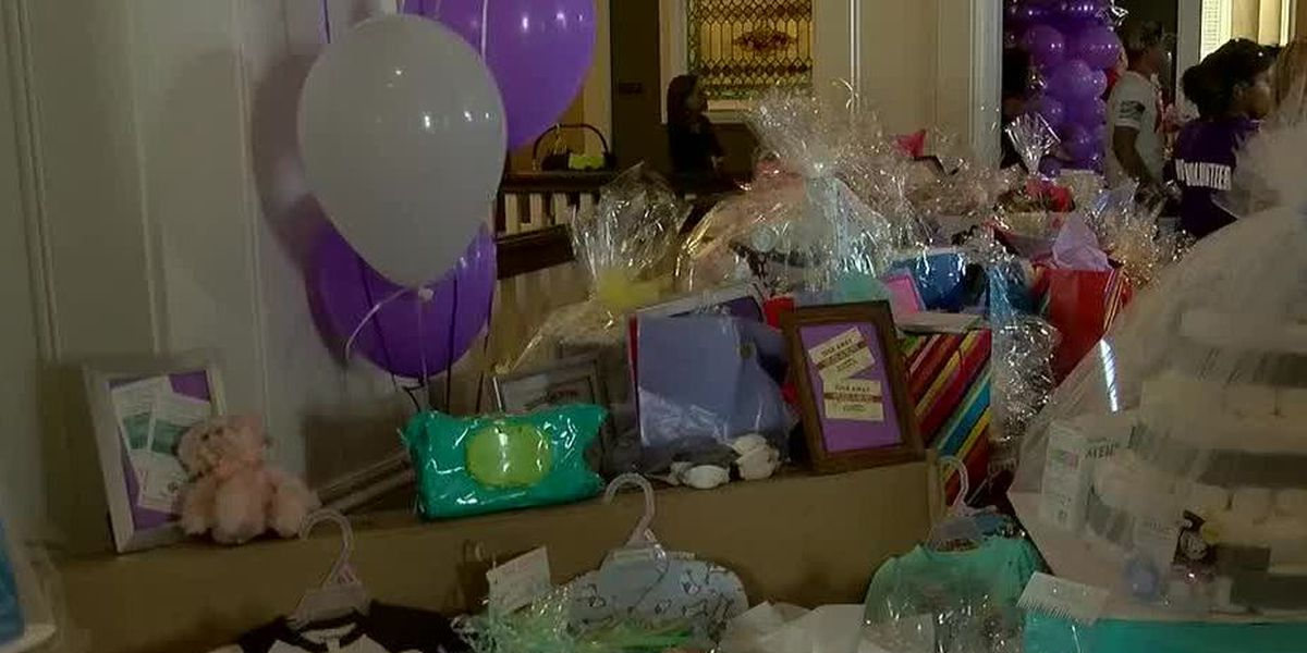 Military moms-to-be showered with baby gifts