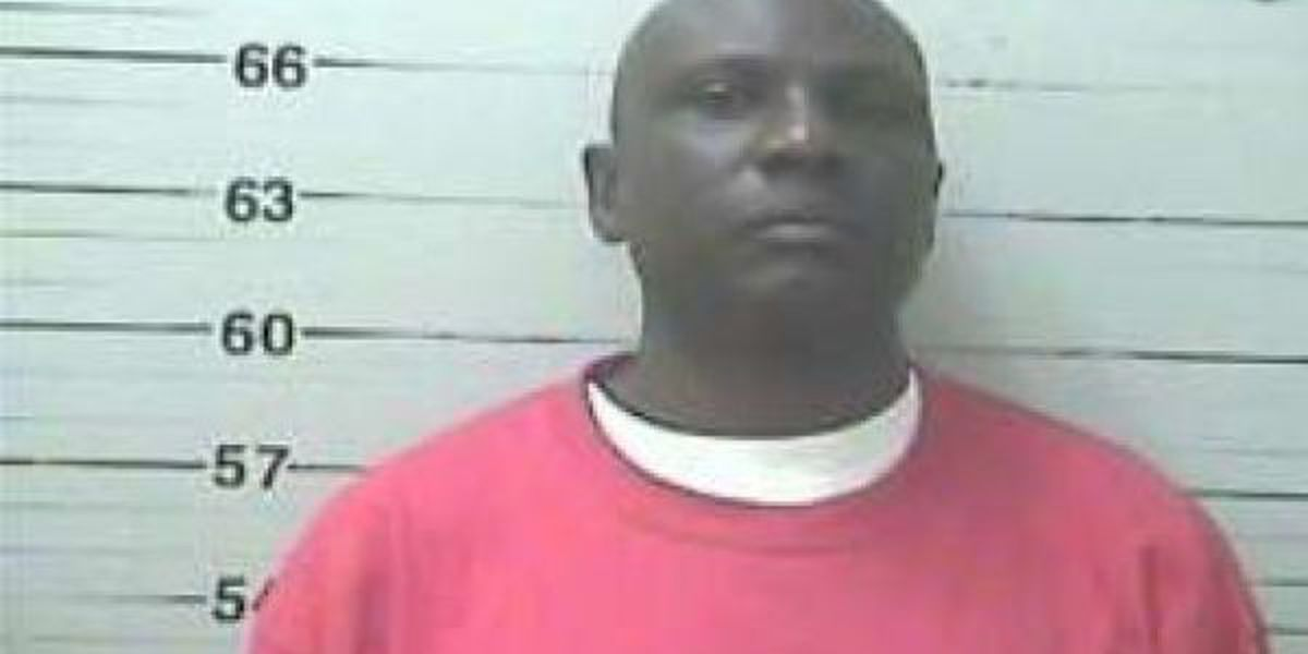 Gulfport repairman accused of embezzlement