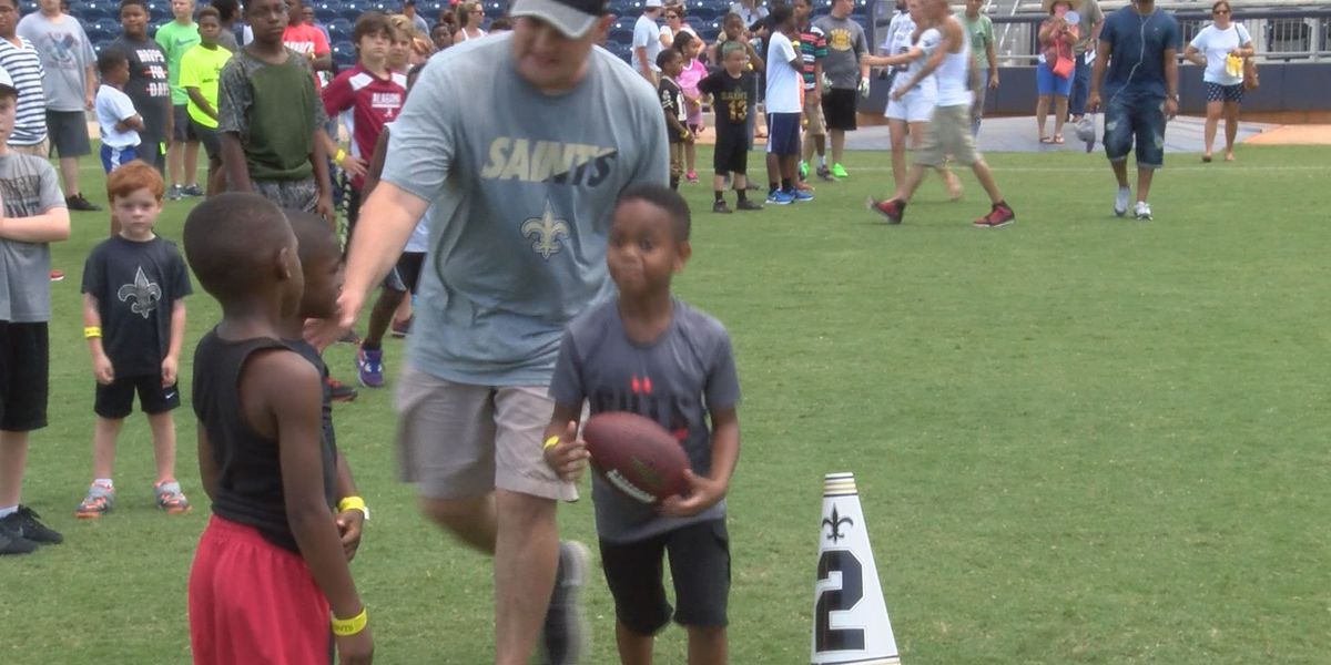 Saints Hall of Fame players make stop in Biloxi