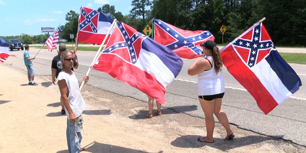 South Mississippians protest to let the people vote on the 'retired state flag'