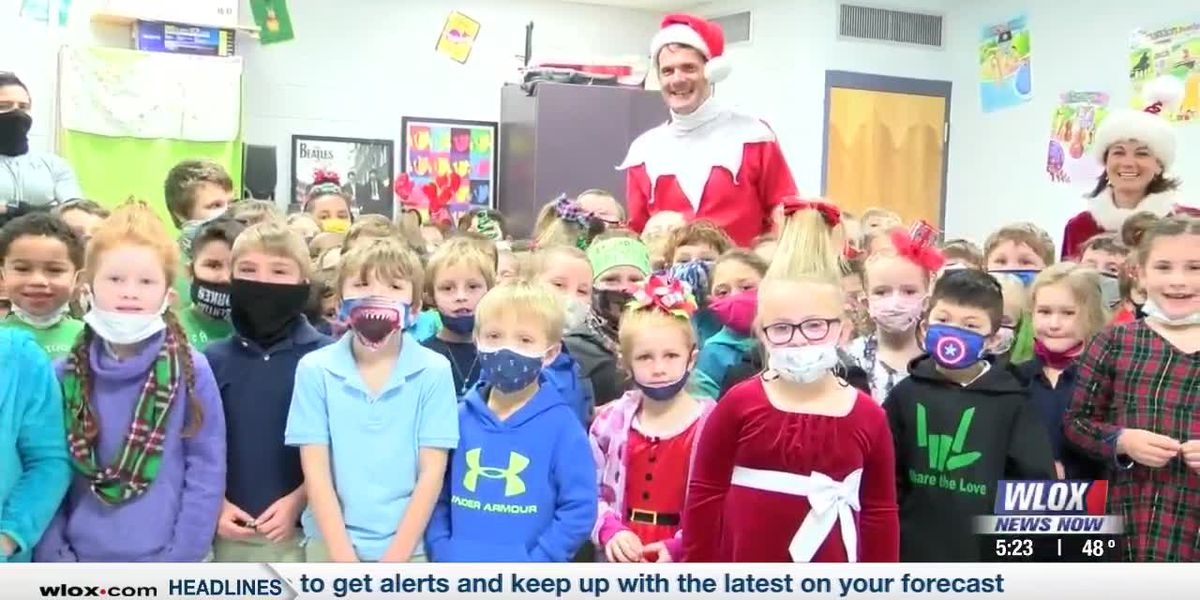 Santa sends special visitors to Jackson County elementary classrooms