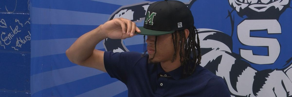 Stone High School hosts signing day for two student-athletes