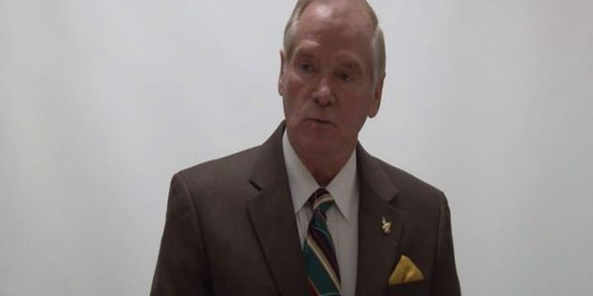 Strickland resigns from SRHS board amid residency questions