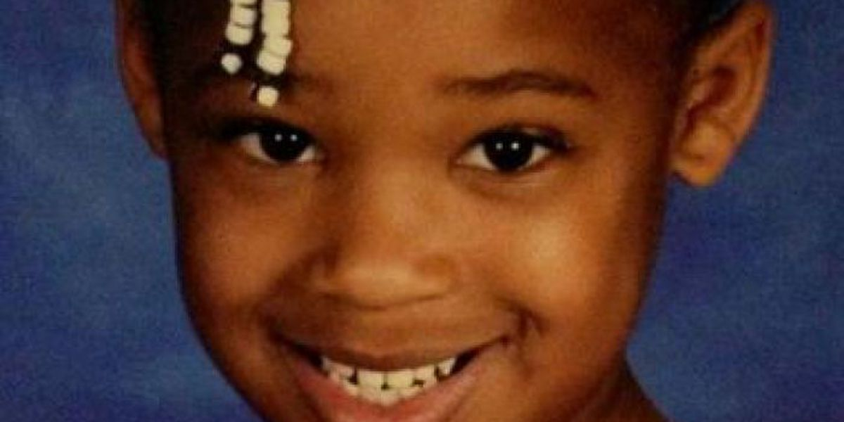 Family and friends hold candlelight vigil for Janaya Thompson tonight