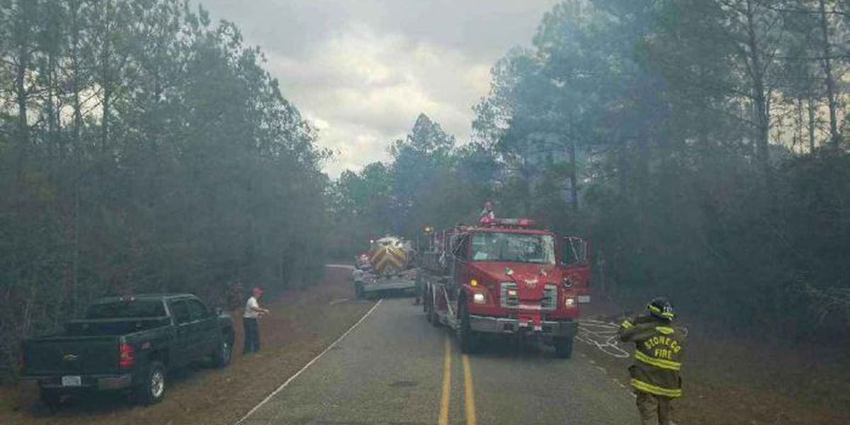 2 firefighters injured battling Stone Co. woods fire