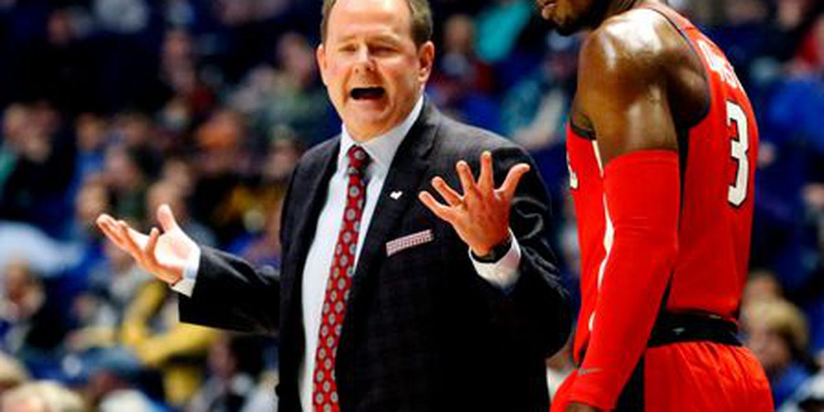 Ole Miss, Kermit Davis agree to new four-year contract extension
