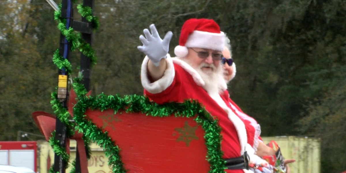 Kids (and adults) hope to catch candy at Escatawpa's annual Christmas parade