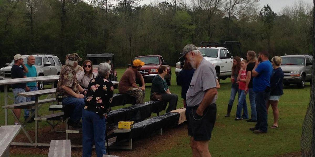 Flood victims meet in community meeting