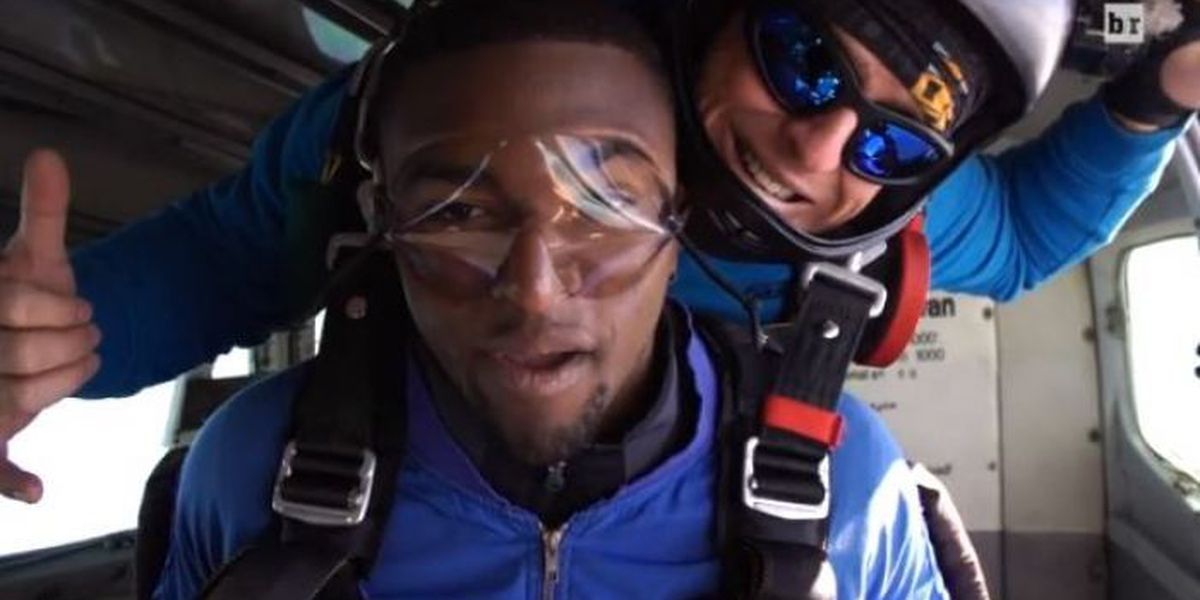 Ole Miss signee announces decision while skydiving