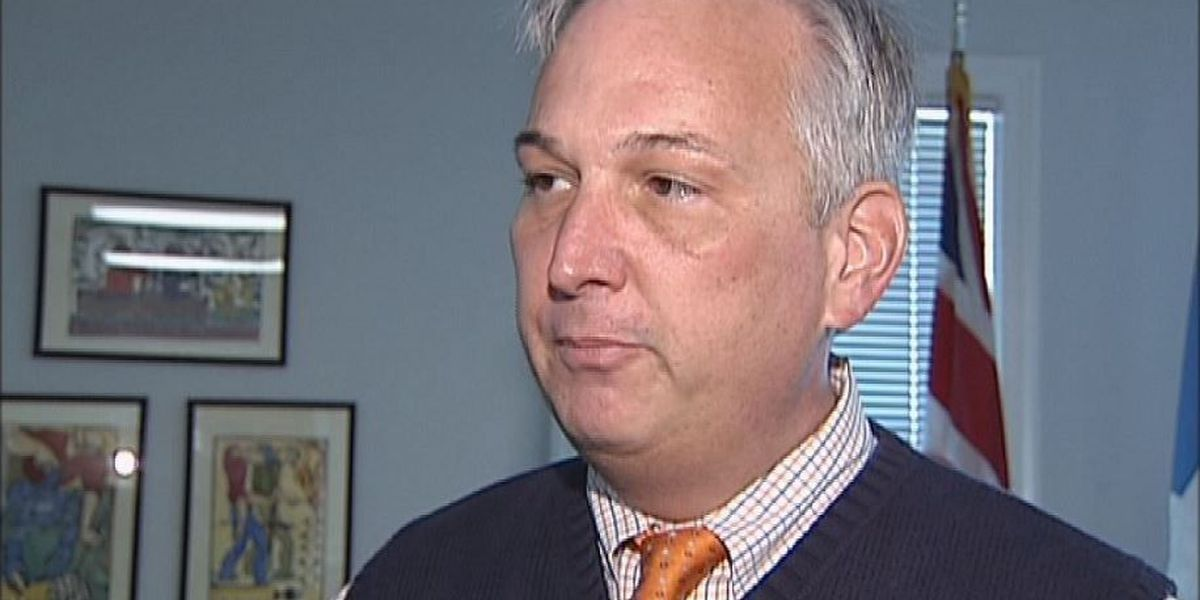 Coast attorney pleads guilty to embezzlement