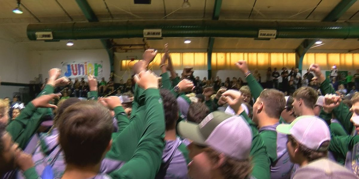 Hornet fever alive in Poplarville ahead of state title game