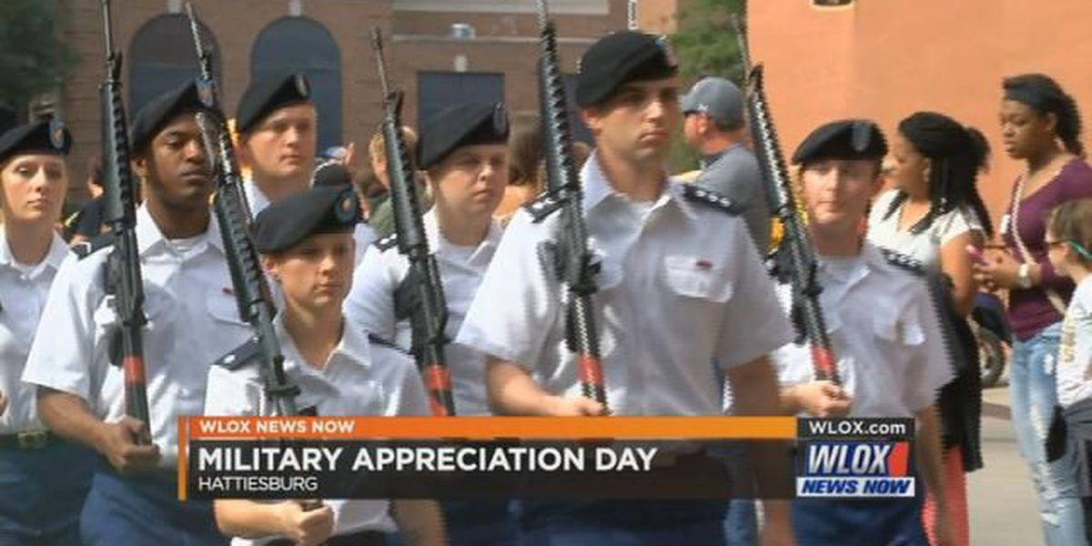 Southern Miss honors military during game