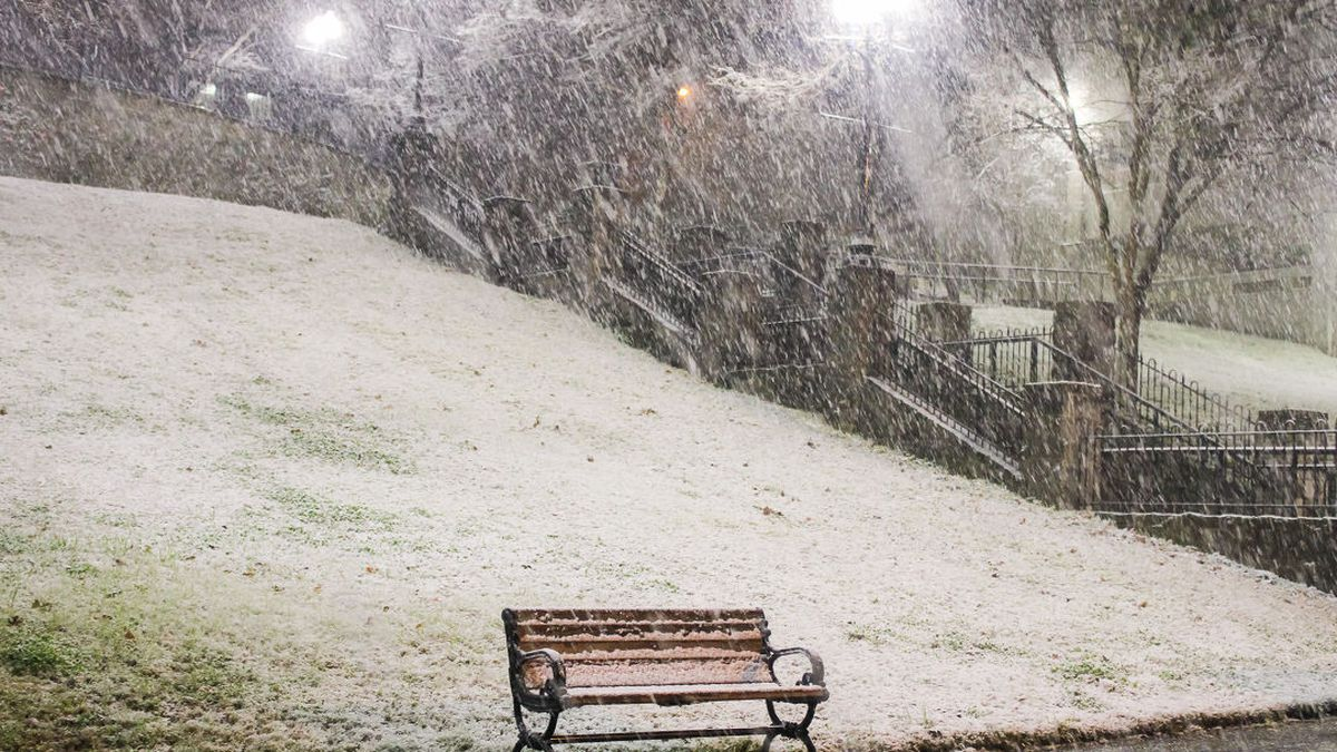 Slideshow: Snow falls in Central Miss.