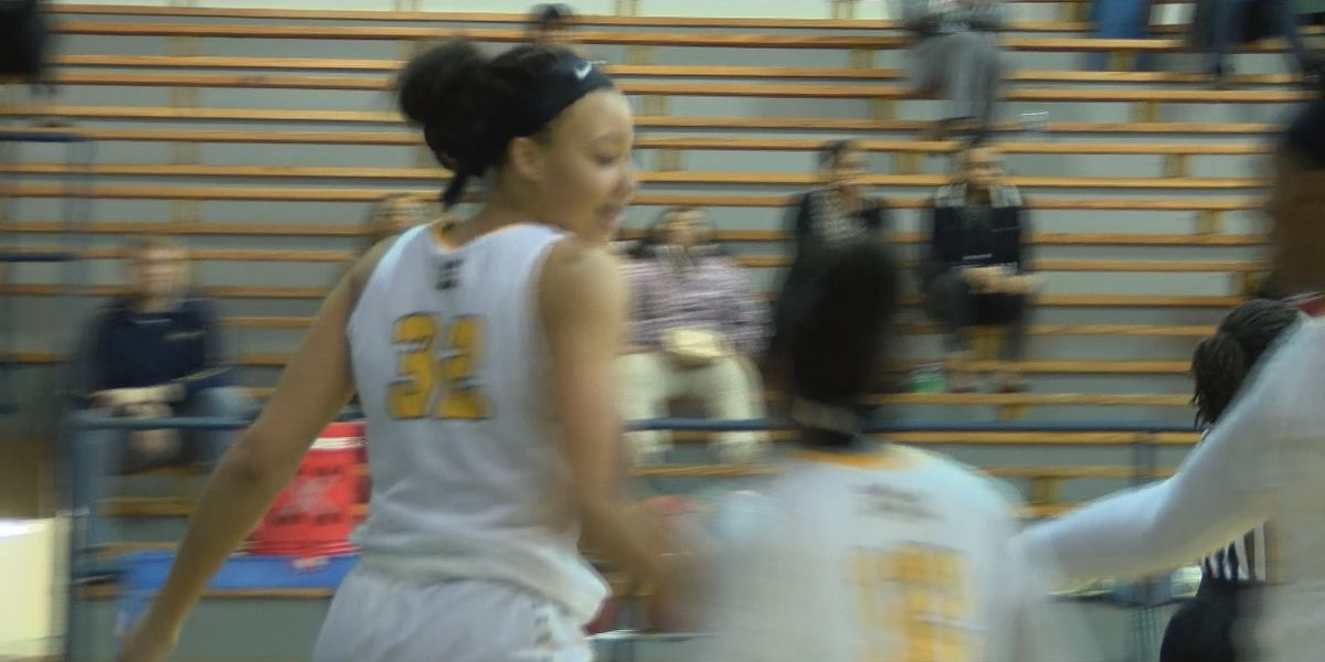 White's dominance leads to MGCCC win