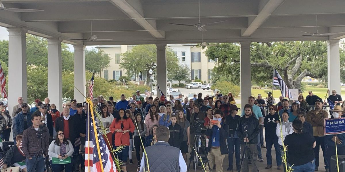 Protesters host rally in response to COVID-19 guidelines