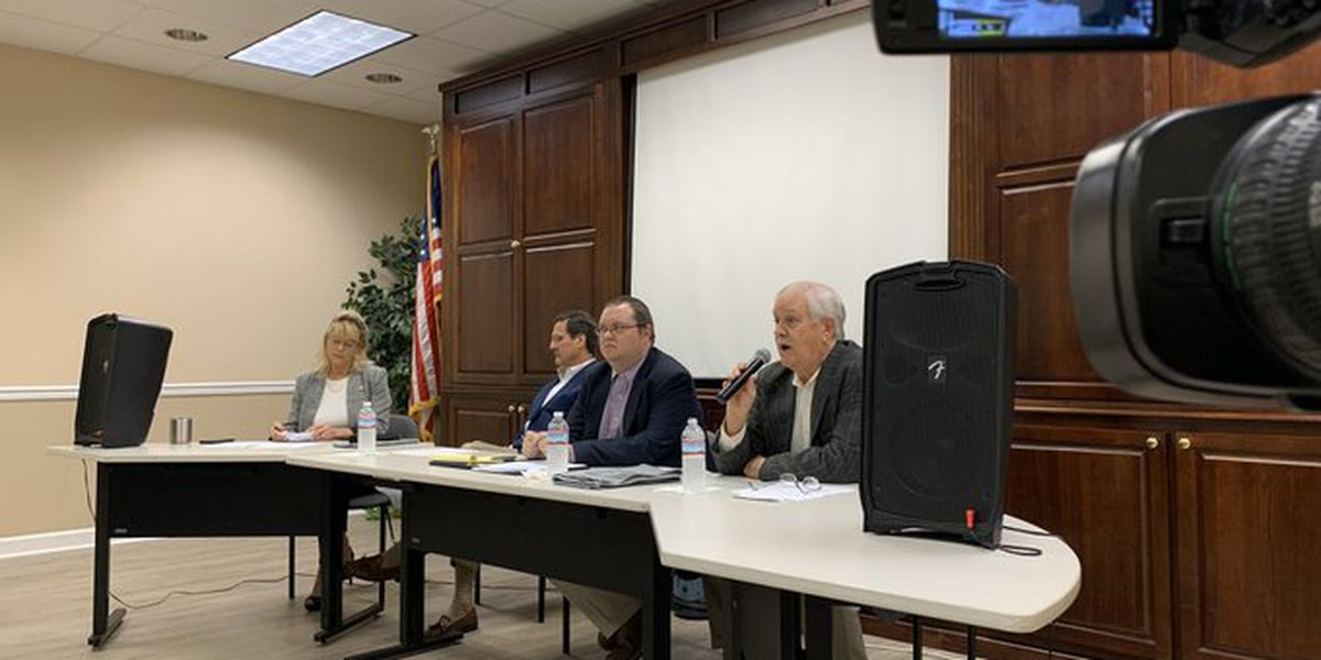 Pascagoula mayoral candidates face off in forum ahead of special election