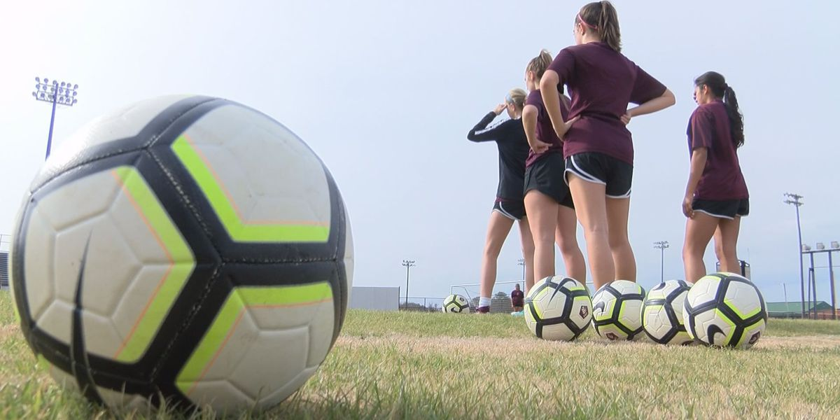 Lady Bearcats staying focused after first Region Championship in eight years