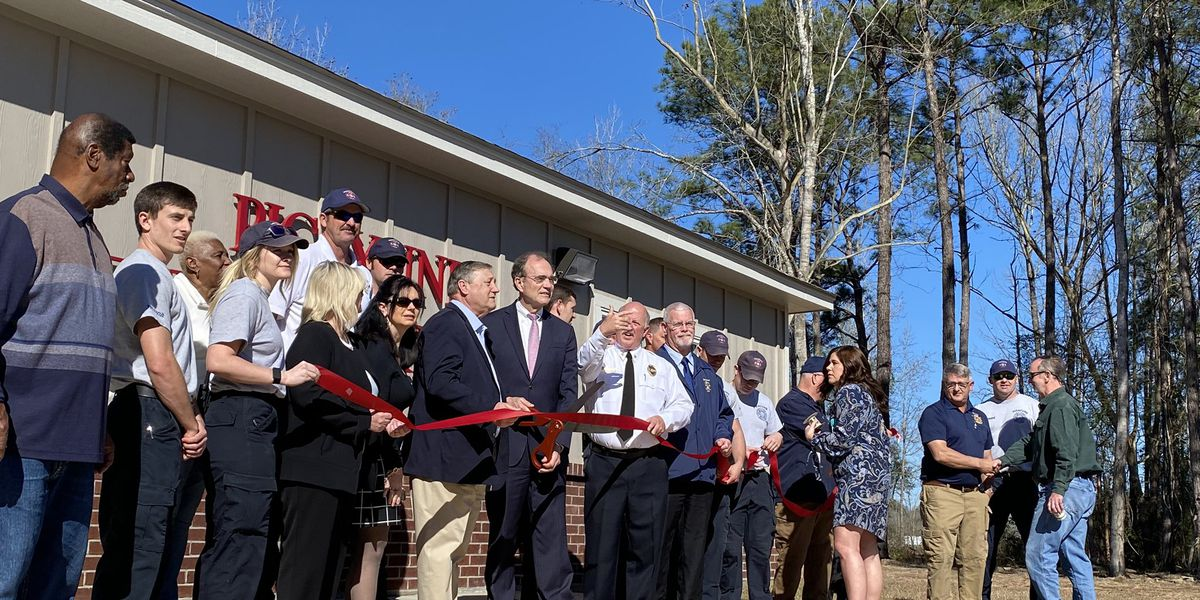 Picayune showcases its new fire station during ribbon-cutting