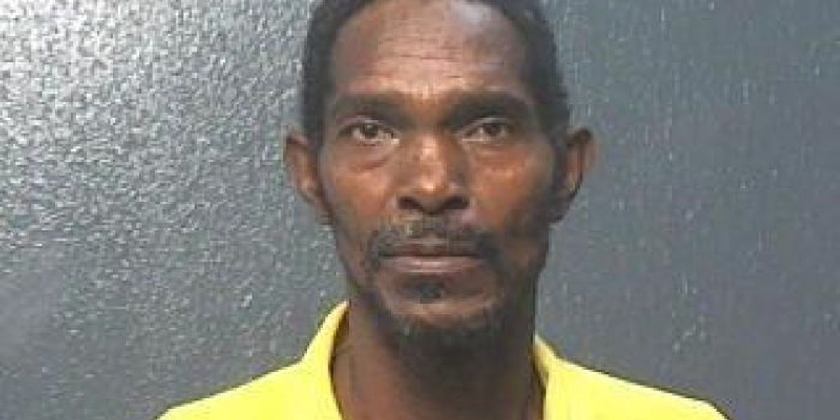 Moss Point man pleads guilty in child sex abuse case