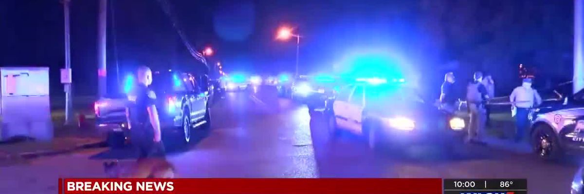 LIVE COVERAGE: Suspect dead after shooting with Moss Point police
